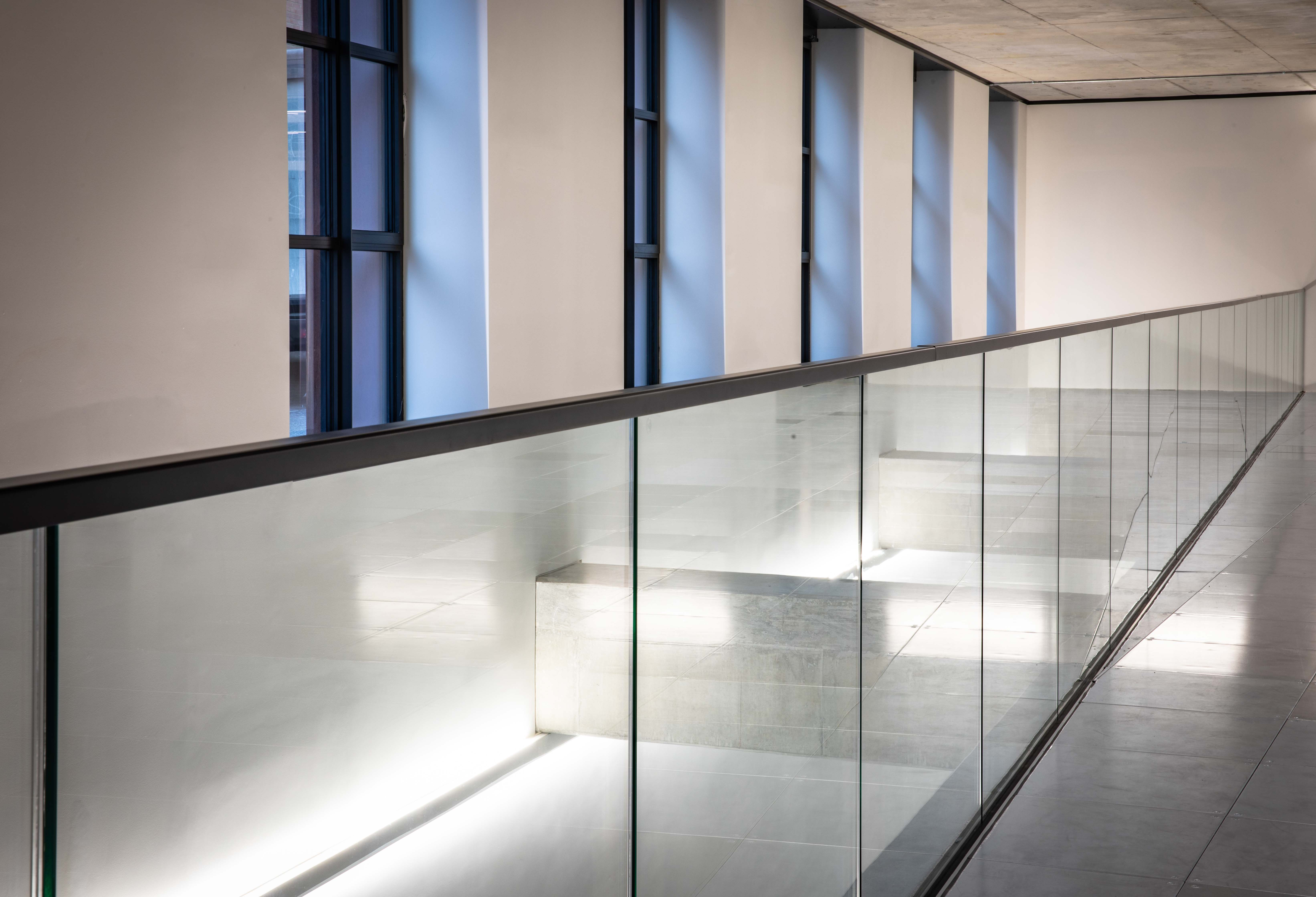BESPOKE GLASS PANELS IN ALL SIZES